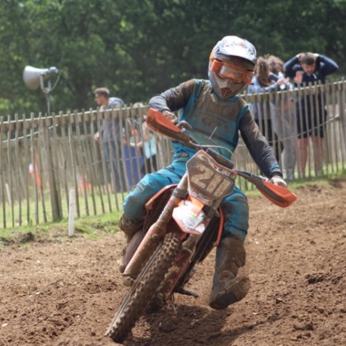 No 211 William Farrow on his way to winning Race 2 in the Junior Championship